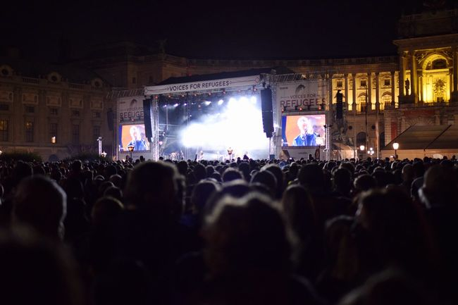 Over 100.000 raising their voices for refugees in a unique event for solidarity, respect and hope in Vienna VoicesForRefugees Refugeeswelcome #voices For Refugees