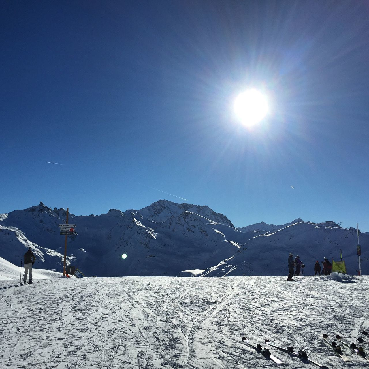 Meribel Alpes AlpesFrancaises Montagne Mountains Skiing Ski Neige Snow Sun Soleil Ciel Bleu Blue