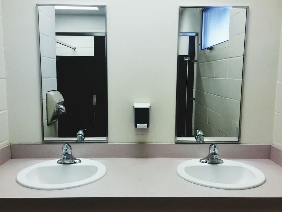 Restroom Sinks Mirrors