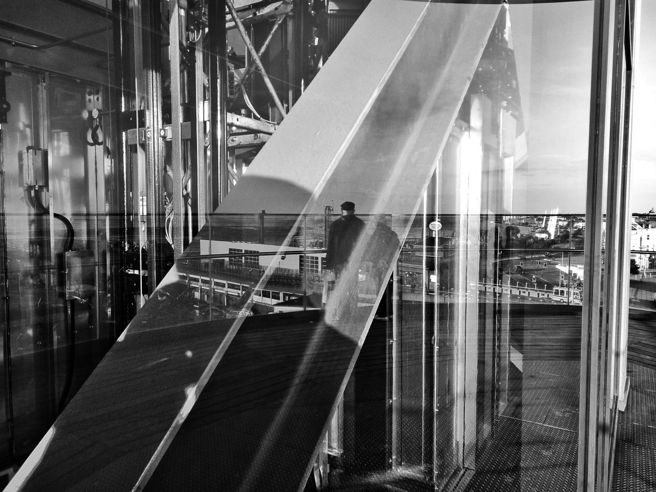 Waiting in reflection. Reflections Southend On Sea Lift Elevator Shaft Elevator Southend Lift Shaft Southend Pier Hill Southendonsea Machinery Abstract Pier Hill Lift Reflection Architecture Built Structure Blackandwhite Black And White