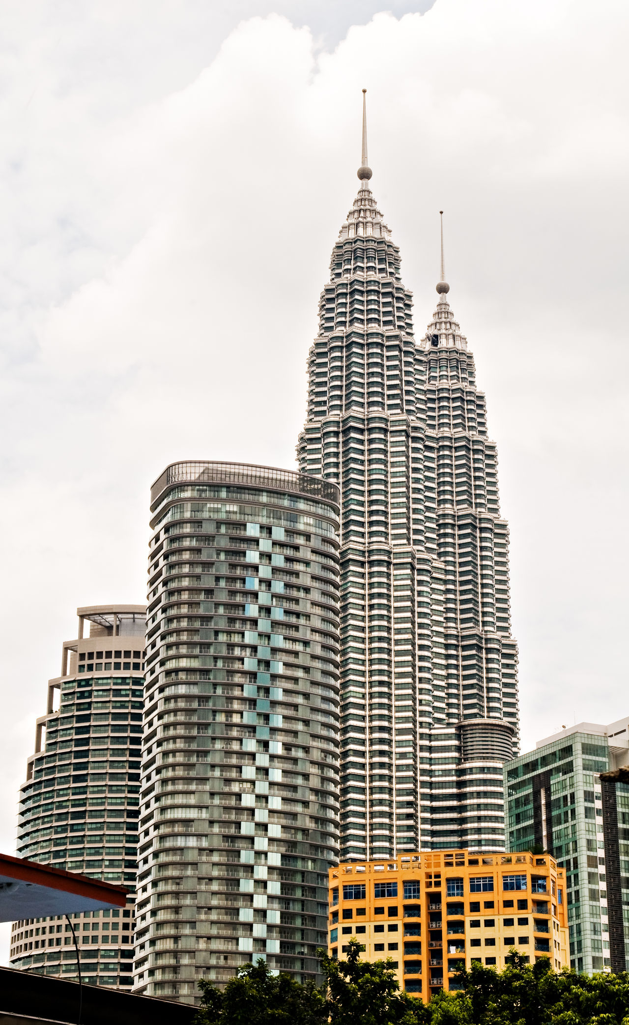 KLCC Petronas Twin Towers Architecture Building Exterior Built Structure City Cityscape Cloud - Sky Day Klcc KLCC Tower KLCC Twin Towers Low Angle View Modern No People Outdoors Petronas Twin Towers Sky Skyscraper Travel Destinations Urban Skyline