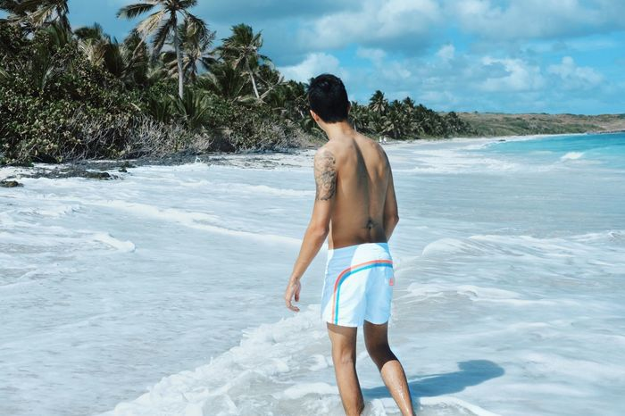 Time : 10:50 am Beach Beauty In Nature Day Horizon Over Water Hot Pants Ink Inked Lifestyles Men Nature One Person Outdoors Real People Rear View Sea Shirtless Sky Standing Summer Tatoo Three Quarter Length Vacations Water EyeEmNewHere
