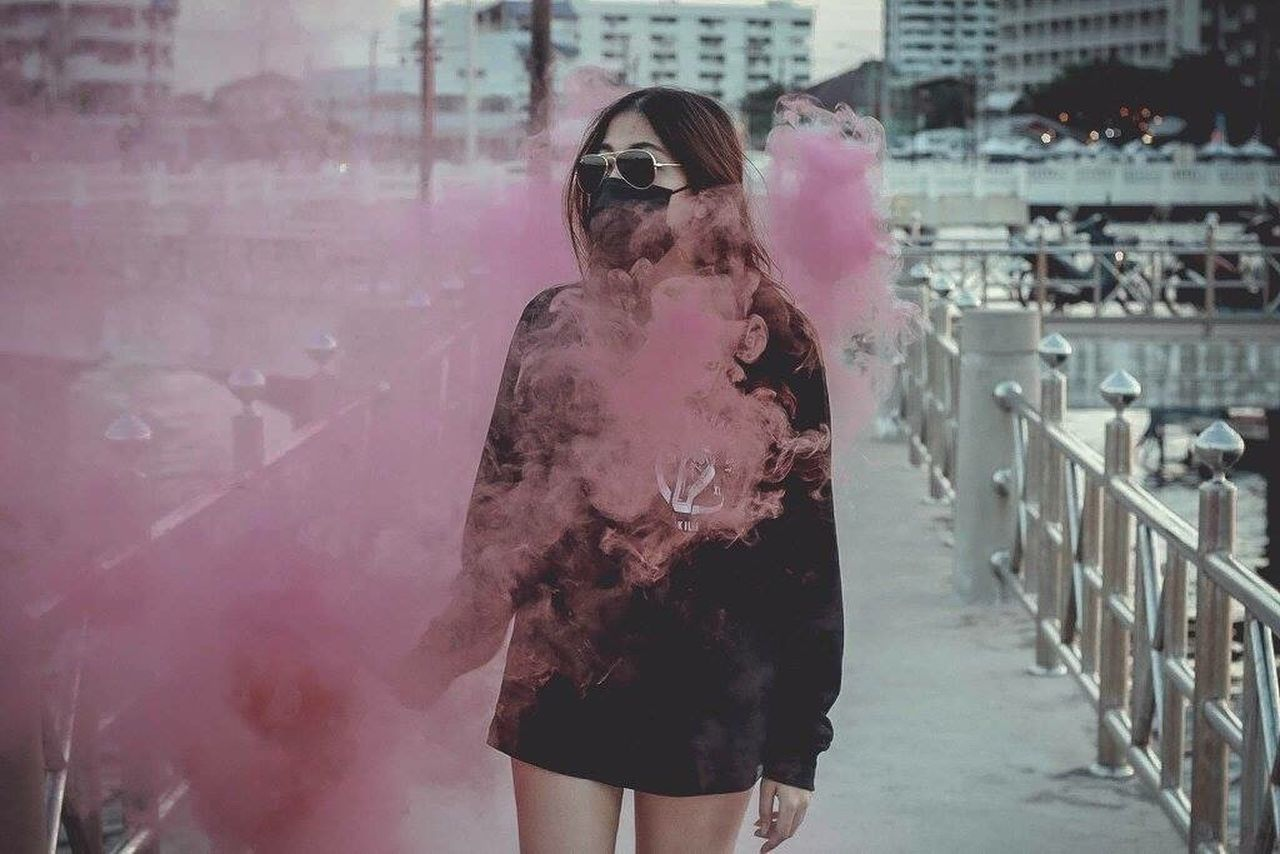 Lifestyles Real People Girls Three Quarter Length Leisure Activity Standing One Person Day Outdoors Young Adult Young Women People Adult Smoke Sky Smokecolor Colors Life Canon Canon5Dmk3 Black Pink Red River Sea #cloud
