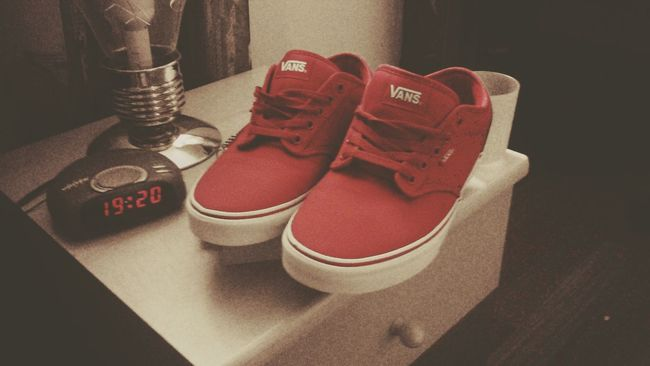 Shoes Taking Photos Relaxing Old Old Picture Shoes Room Vans Red Blackandwhite