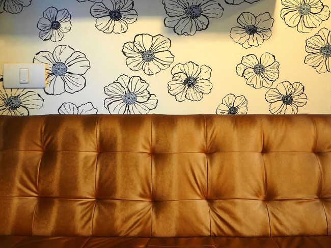 Art And Craft Day Decoration Exceptional Photographs Flowers Horizontal Indoors  Lifestyles Living Room Multi Colored No People Part Of Pattern Pattern, Texture, Shape And Form Repetition Room Decor Still Life Switch Tadaa Community Textured  Wall Wall Art Wallpaper
