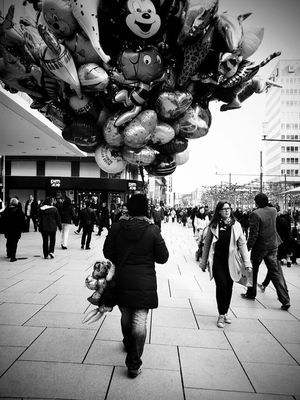 streetphotography in Frankfurt by prickel