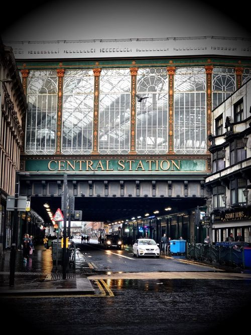 Glasgow central station 🚊 🏴 Architecture Built Structure Day Real People City Indoors