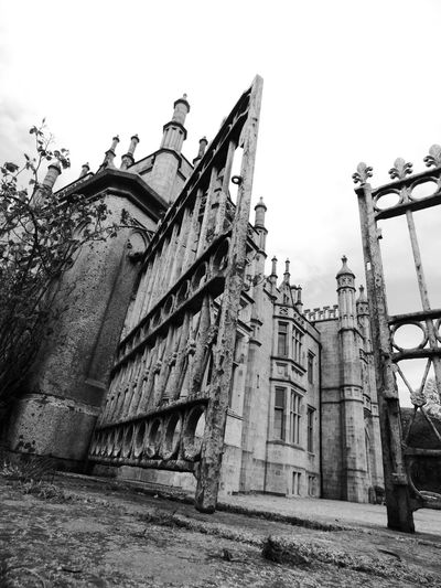 Your Design Story Carlingford Billnewlandphotos Narrow Water Castle Balck And White Photography Blackandwhite Photography Old Buildings Iron Gates Iron Gate Black And White Photography Newry Taking Photos Castle Warrenpoint Old Architecture Ireland Blackandwhitephotography Gates Blackandwhite Check This Out Heritage Black And White Shadows & Lights Black And White Collection  Shadow