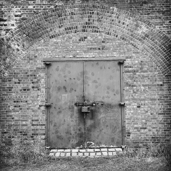 Ancient Monument Architecture Brick Wall Built Structure Close-up Closed Day Defensive Fighting Position Defensive Structure Doorway Entrance Façade Fortifications Gun Emplacement Hilsea Lines Hilsea Lines Ramparts No People Old Outdoors Portsea Island Portsmouth Protection Ramparts Run-down Security