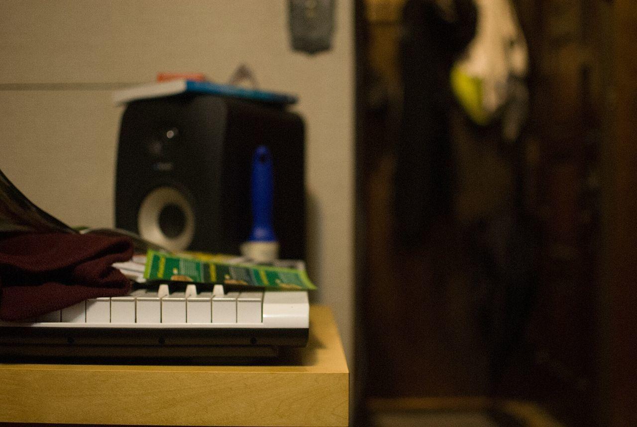 Put in work Technology Indoors  Close-up Day Music Musician Musical Instrument Music Brings Us Together Musical Instruments Musical Photos Influencesandinspirations Motivation Motivational Audio Audio Equipment Studio Studio Shoot Desk