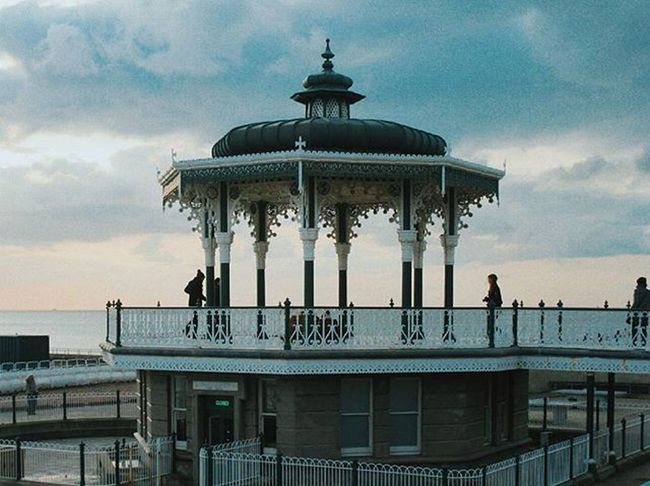 Just a nice bandstand by the sea📯🎶 Brighton England VSCO Vscocam C9 Afterlight Snapseed Skrwt Facetune Canon TeamCanon Jj  Ink361 Createcommune Mobilefolk Vscoauthentic Aesthetic TheCreatorClass Dark Light Ocean Sea Sun Beach Bandstand people green blue
