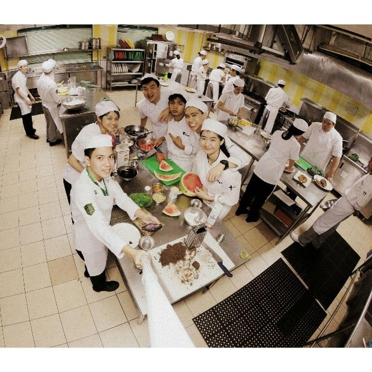 Friday class finale Marketbasket Chemlab Foodchemistry Gastronomy Benilde extraordinaire wefie gopro themanansala