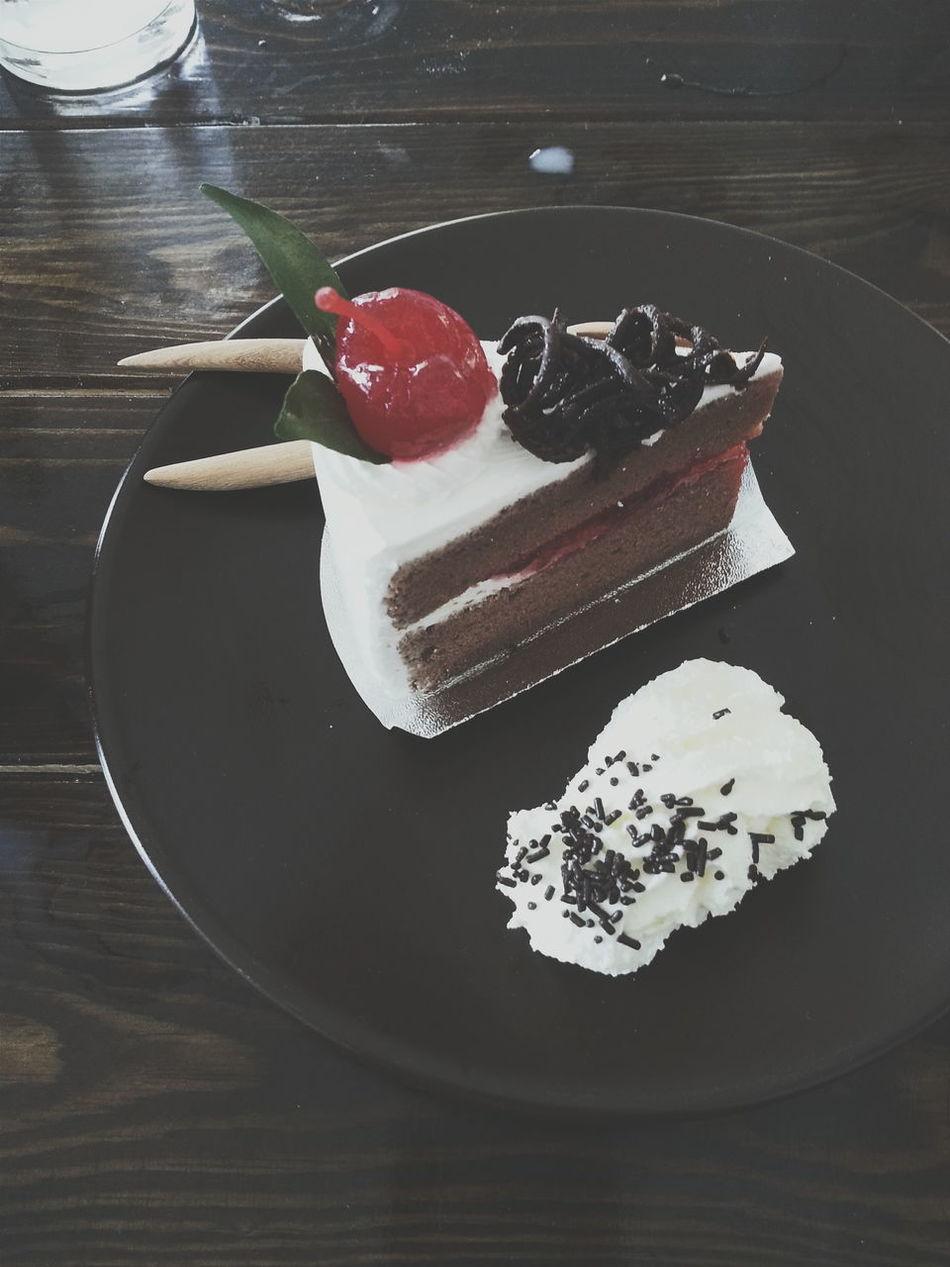 Black Forest Cake. Cake Blackforestcake EyeEm EyeEmbestshots Yummy Chiang Mai | Thailand Eyeemthailand EyeEm Gallery EyeEmBestPics Eyeemphotography