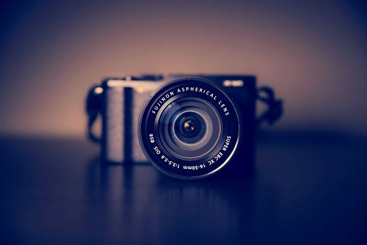 Let the pic say for u... Photography Themes Camera - Photographic Equipment Old-fashioned No People SLR Camera Indoors  Close-up Film Industry Day Ophthalmologist EyeEmNewHere