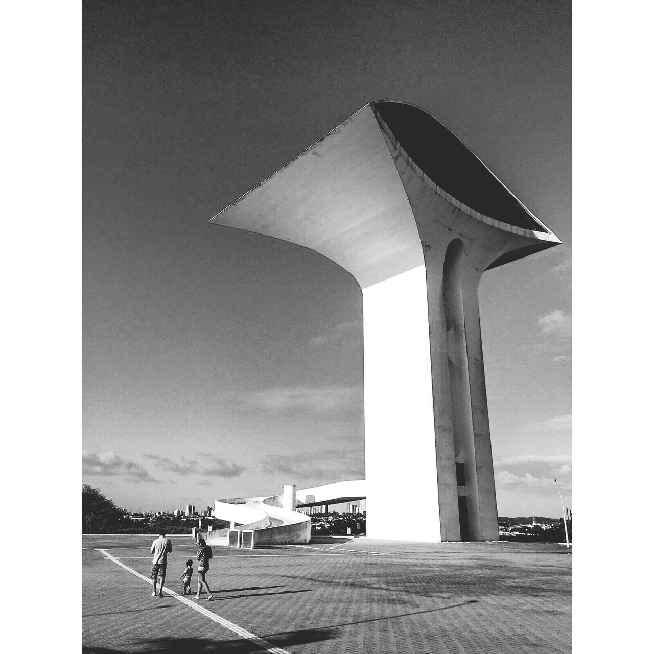 """Time upon THE grand eye seeing it all... Oscar Niemeyer's """" Parque da Cidade """" in Natal/Brazil welc🌍ming ... just stunning Built Structure Architecture Day Real People Men Outdoors Building Exterior Sky People Thesecretspaces Brazil NatalRN Natal Arquitetura EyeEmNewHere Art Is Everywhere TCPM The Street Photographer - 2017 EyeEm Awards The Architect - 2017 EyeEm Awards"""