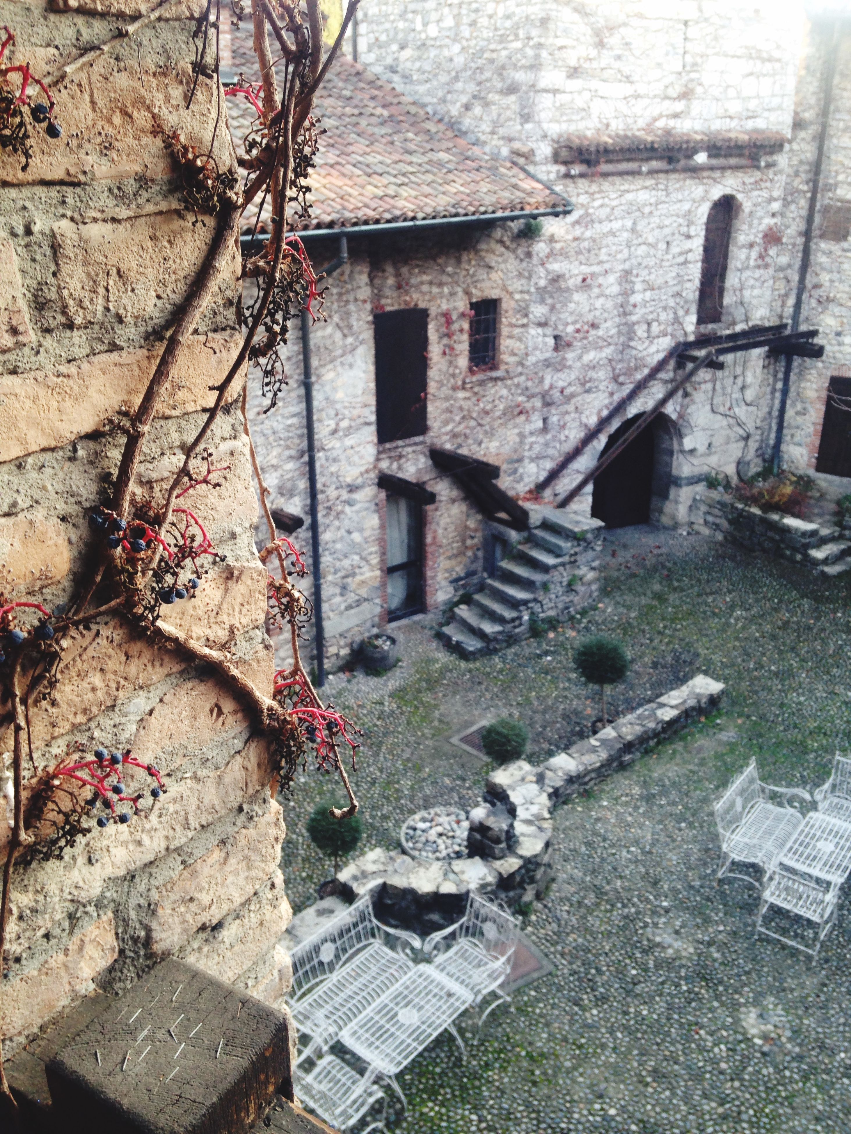 building exterior, architecture, built structure, house, building, residential building, residential structure, wall - building feature, brick wall, abandoned, window, street, day, old, damaged, outdoors, stone wall, no people, cobblestone, weathered