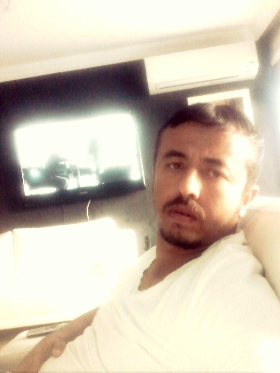 Hello World BORED! First Eyeem Photo That's Me Relaxing Hi! Ankara Bad Boys tutamiyorum zamani