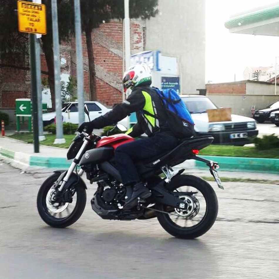 Yamaha Mt03 Motorcycles Motorcycle Motorbike Speed Love First Eyeem Photo Eye4photography  EyeEmbestshots yolculuk başlasın istanbul bekle beni 😉😉. https://m.facebook.com/hayri.ozdemir.54?ref=bookmark