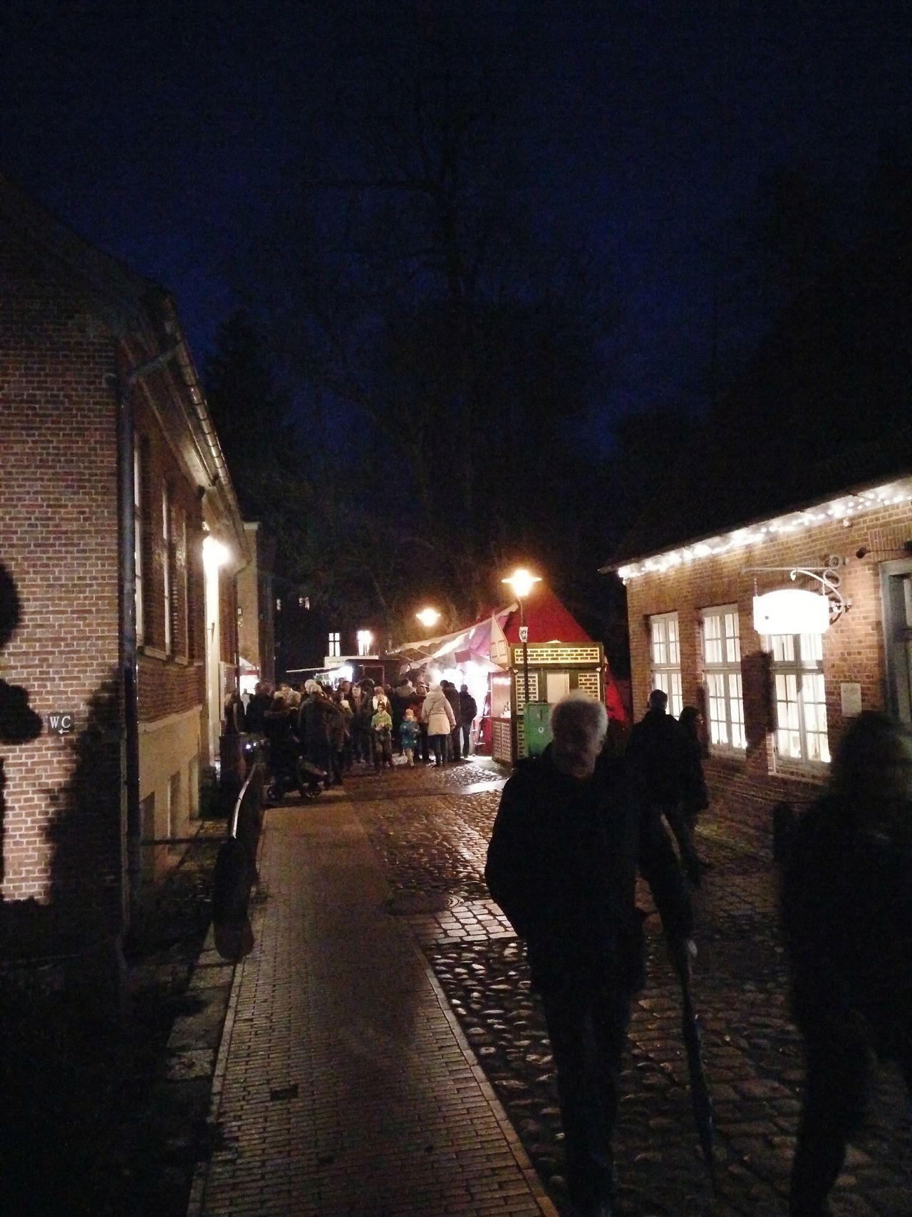 352/365 Weihnachtsmarkt auf der Schlossinsel Photo365 Bilsbekblog Eyeemgermany Sorcerer86 Photooftheday Oneplusone OPOography Eyeembarmstedt
