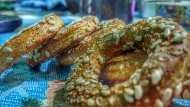 Sesame seed bagels Amateurphotography Bagels Brown Close-up Food Food And Drink Full Frame HDR Indoors  No People Sesame Vivid