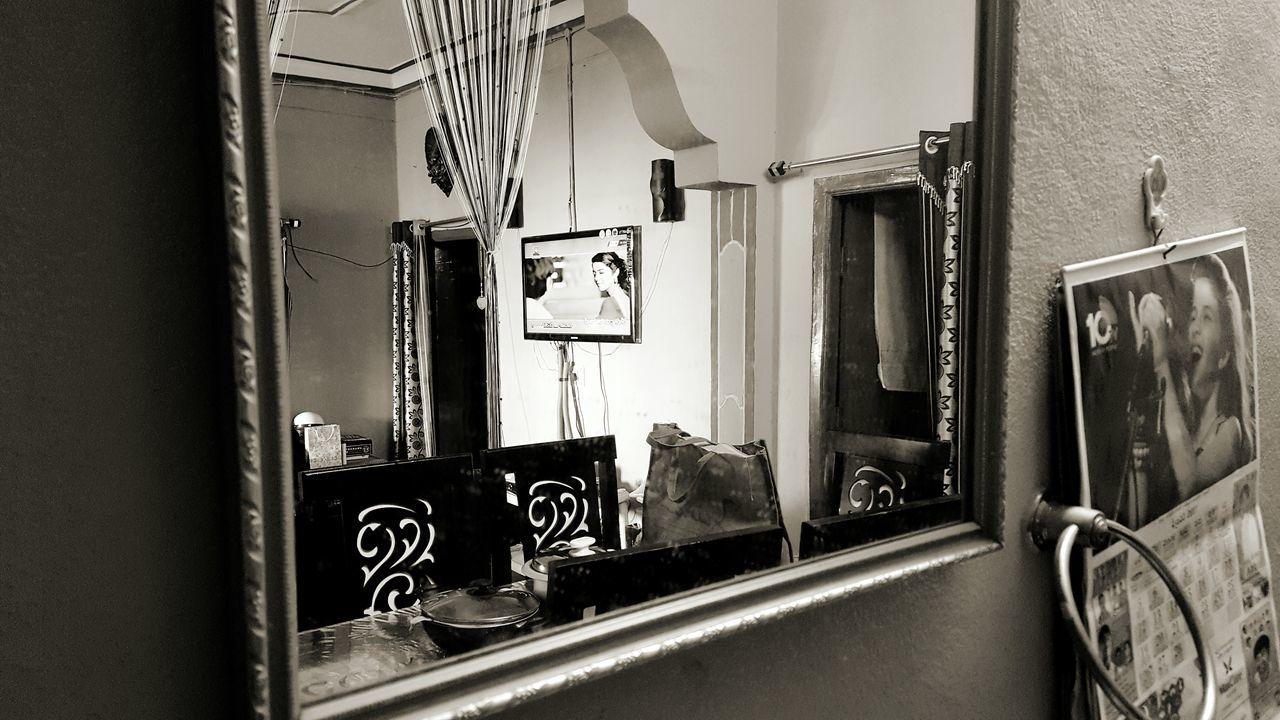 Mirror Tv In Mirror Mirror Picture Mirror Image Mirrorshot Mirrorphoto Mirrorpic Mirror Shot Mirror Tv