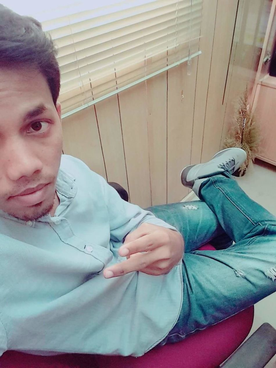 Alone Bored Breakfast Time Hate My Past Loner Life Moodout Morning Working