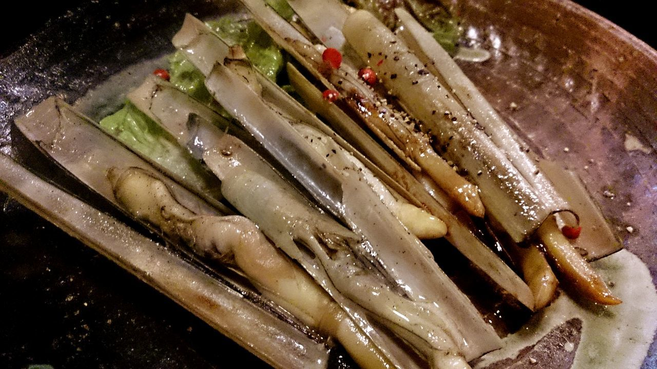 ( *・ω・)ノ マテ貝 Razor Clams SHELLFISH  Food Food Photography Delicious Delicious Foods Pepper Taking Photos Enjoying Life Hello World EyeEm Gallery From My Point Of View My World Of Food