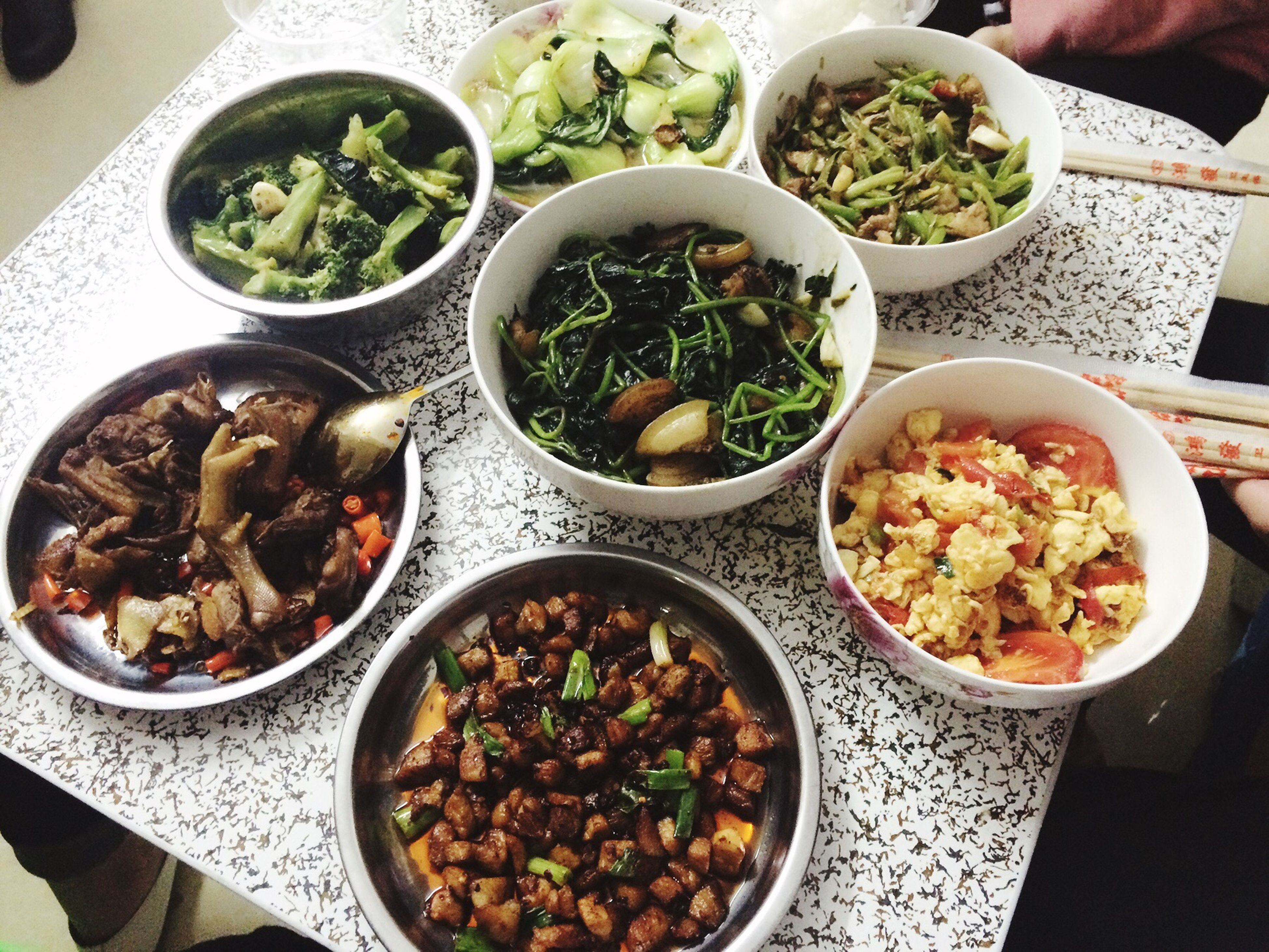 food and drink, food, freshness, healthy eating, ready-to-eat, indoors, table, plate, bowl, salad, vegetable, high angle view, meal, still life, variation, serving size, directly above, served, meat, rice - food staple
