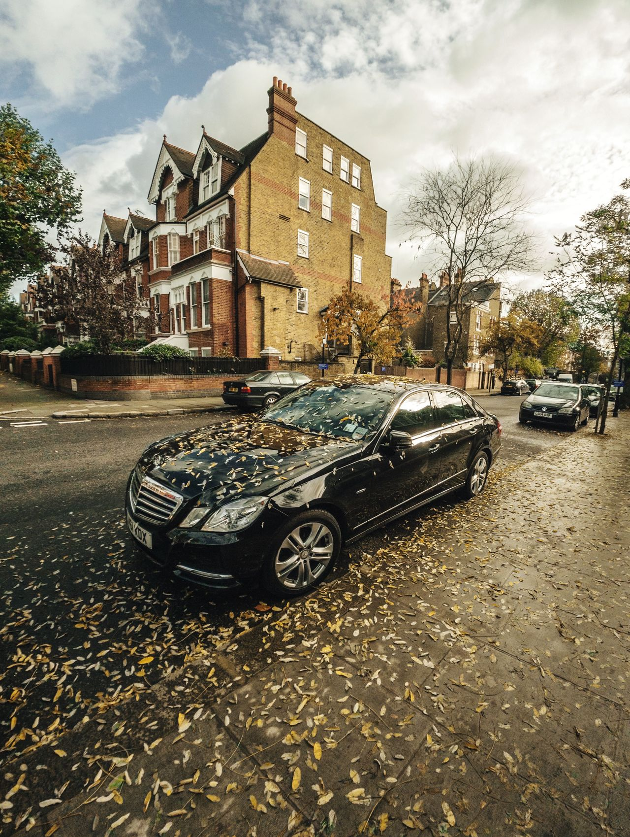 Mercedes in London. Car Building Exterior Architecture City Transportation No People Built Structure Outdoors Day EyeEmNewHere Tree Road Leaves Fall Autumn