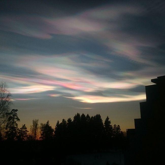 Noen har helt zalo i skyene i dag!!! :o Onlyrationalexplanation