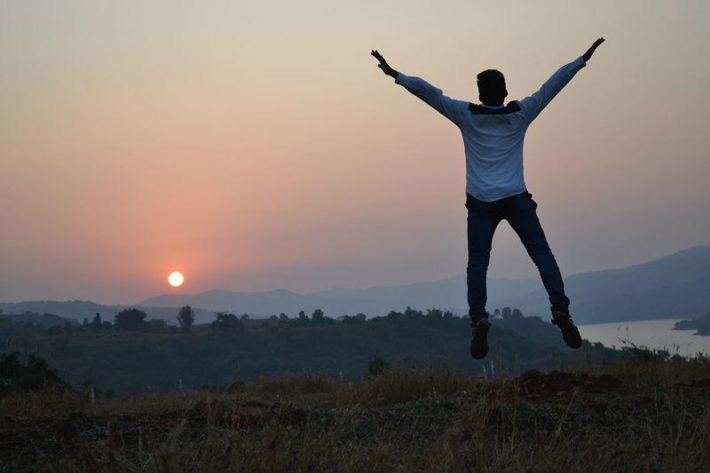 Best sunset 🌇 Flying High