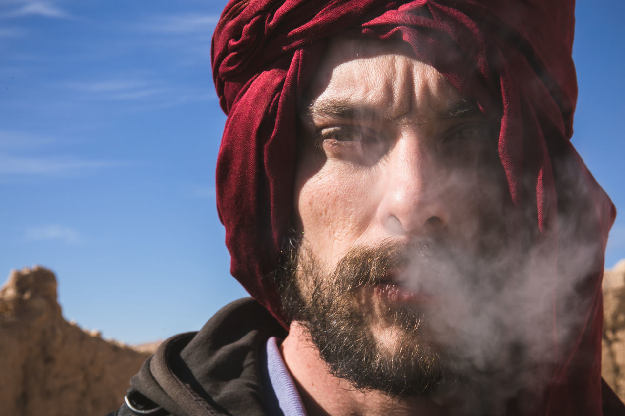 Tuareg Arabic Beard Close-up Desert Faces Of EyeEm Headshot Lifestyle Lifestyle Photography Lifestyles Men Morocco Portrait Portrait Of A Man  Portrait Photography PortraitPhotography Portraits Portraiture Smoking Touareg Travel Travel Destinations Travel Photography Travelphotography Tuareg Young Adult
