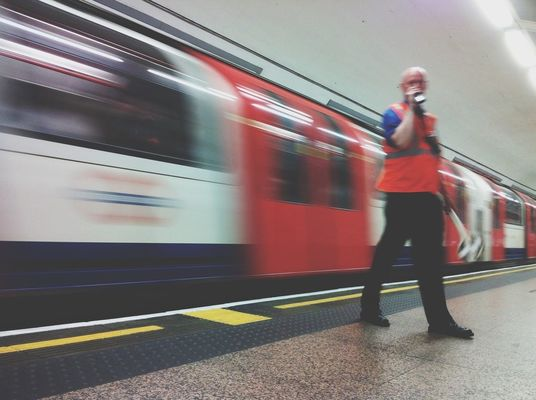 keep it blurry at St Paul's Underground Station by Chris Prakoso