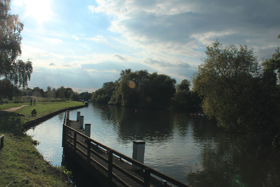 Down by the river Canon1200d Contrasts Beauty In Nature Scenics Physical Geography No People River Abingdon-on-Thames