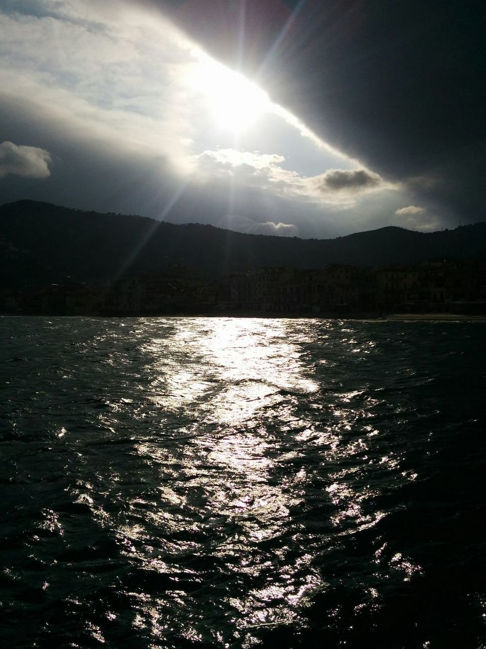 Nexus5photography Sea Sun Sole Nexus5 SUN&SEA Sunsea Sunandsea Noedit Nofilter Notneeded [ Noedit Nofilter Solemare Noedit #nofilter #notneeded Sun'n'sea No Edit / No Filter Sole&mare  Mare Noedit #nofilter No Edit/no Filter NoEditNoFilter Mare Riflesso Riflessi Sull'acqua
