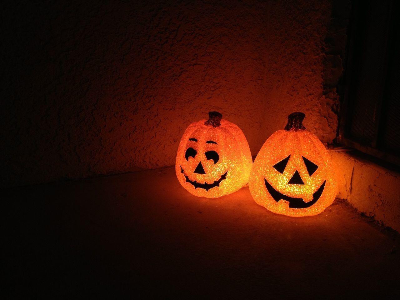 Beautiful stock photos of halloween, American Culture, Celebration, Close-Up, Dark