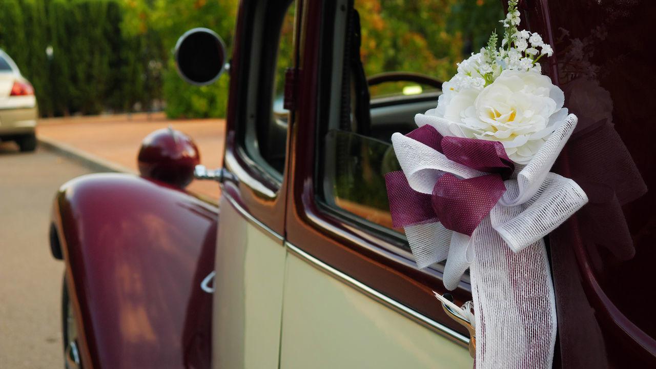wedding car coche Car Wedding Photography Citroen Lux Groom Bride Bouquet Flower