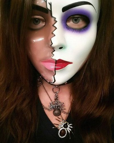 Happy Halloween! 🎃 Halloween Trickortreat Halloween2015 Halloweencostume Spidernecklace Spiders Halloweenmask Mask Pixlr Splitpersonality Cellphonephotography Picofday Photooftheday Pictureoftheday Portorchardwashington Samsunggalaxynote3