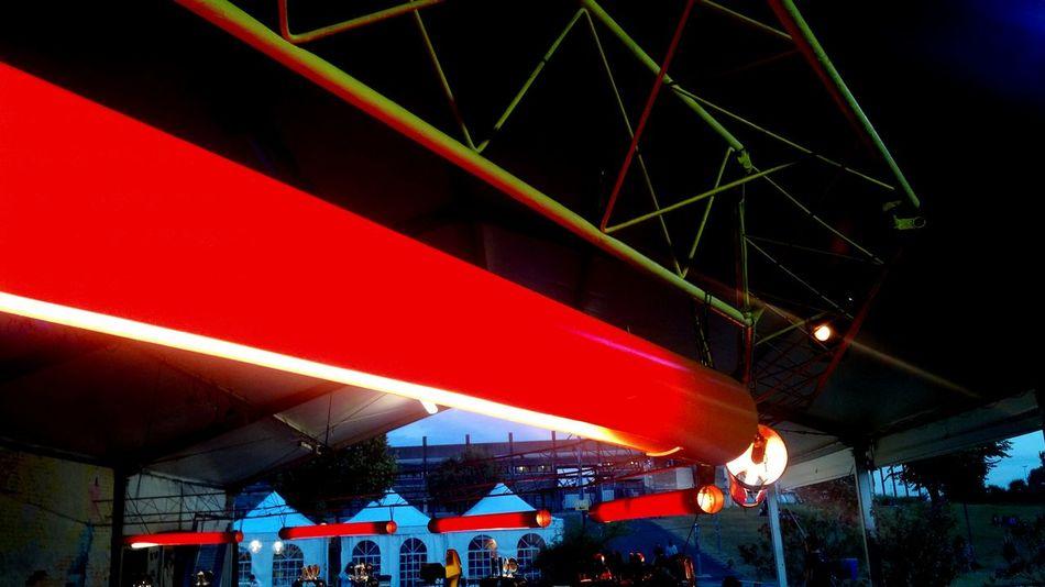 Sherwood Festival Red Light Luci Rosse Details