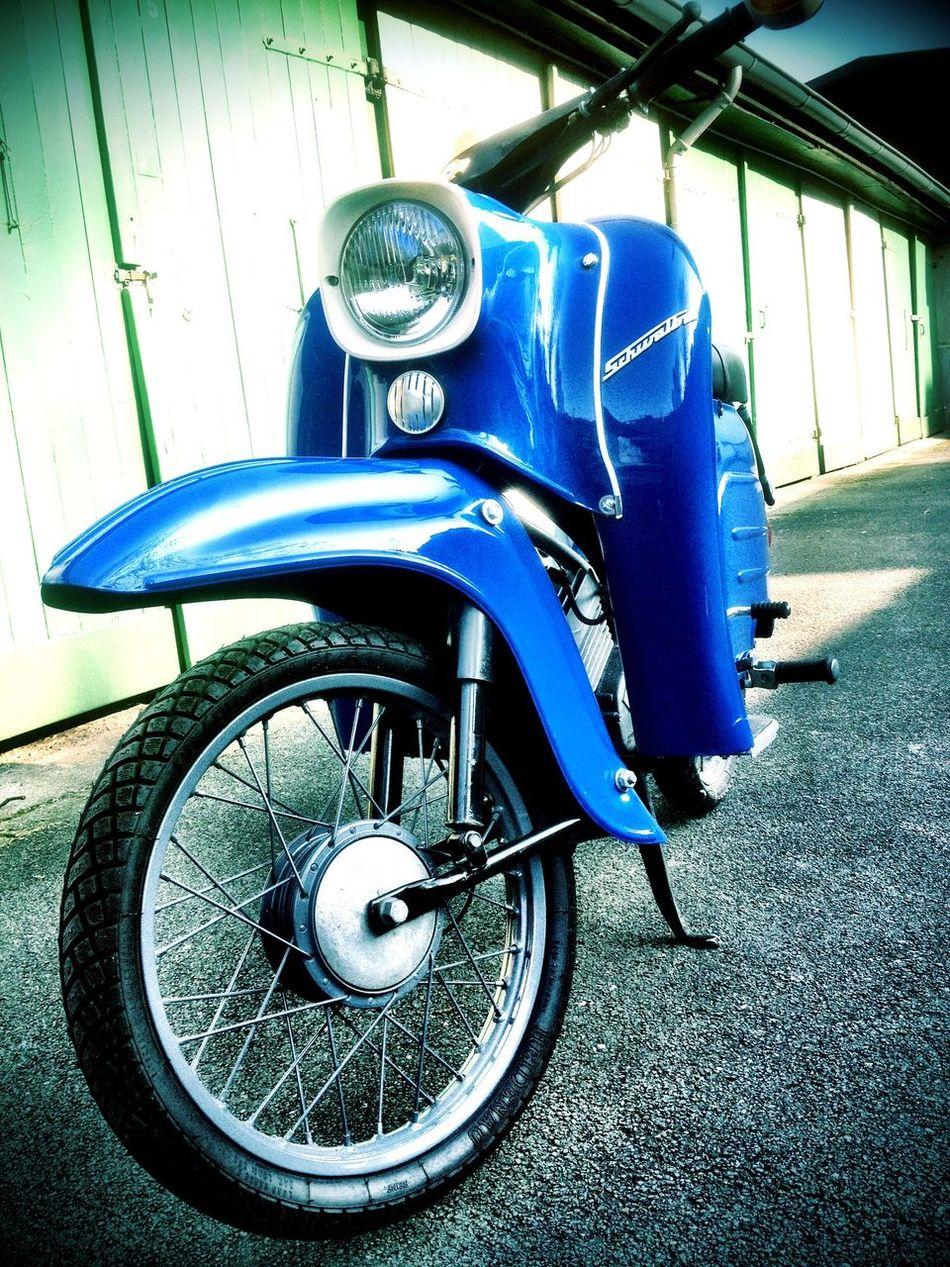 Simson Schwalbe KR51/2 in blau ursprünglich gebaut 1984 in der DDR in Suhl , frisch restauriert Transportation Blue Bicycle Suhl Simson Schwalbe DDR Restauriert KR51/2 1984