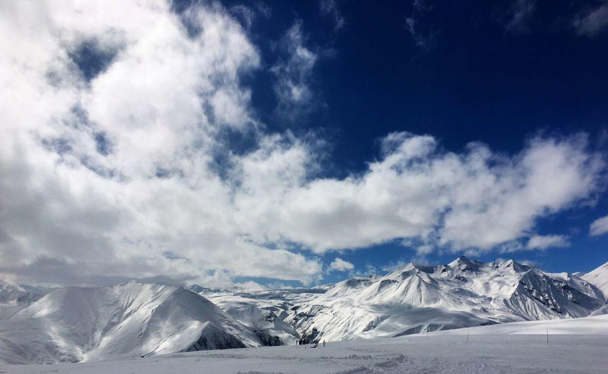 Nature Mountains Landscape Traveling Snow Georgia Gudauri Skiing