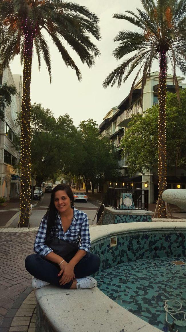 That's Me Walking Around CoconutGrove Miami Justagirl Venezuelan Relaxing
