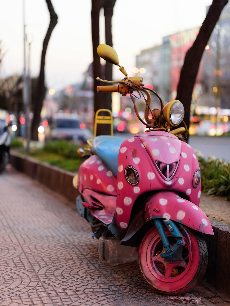 Pink Bike Bike Bike Ride City Close-up Cute Focus On Foreground Motorcycle Night Night Lights Nightphotography No People Outdoors Pink Pink Color Street Street Photography Streetphotography Sweet Traffic Art Is Everywhere