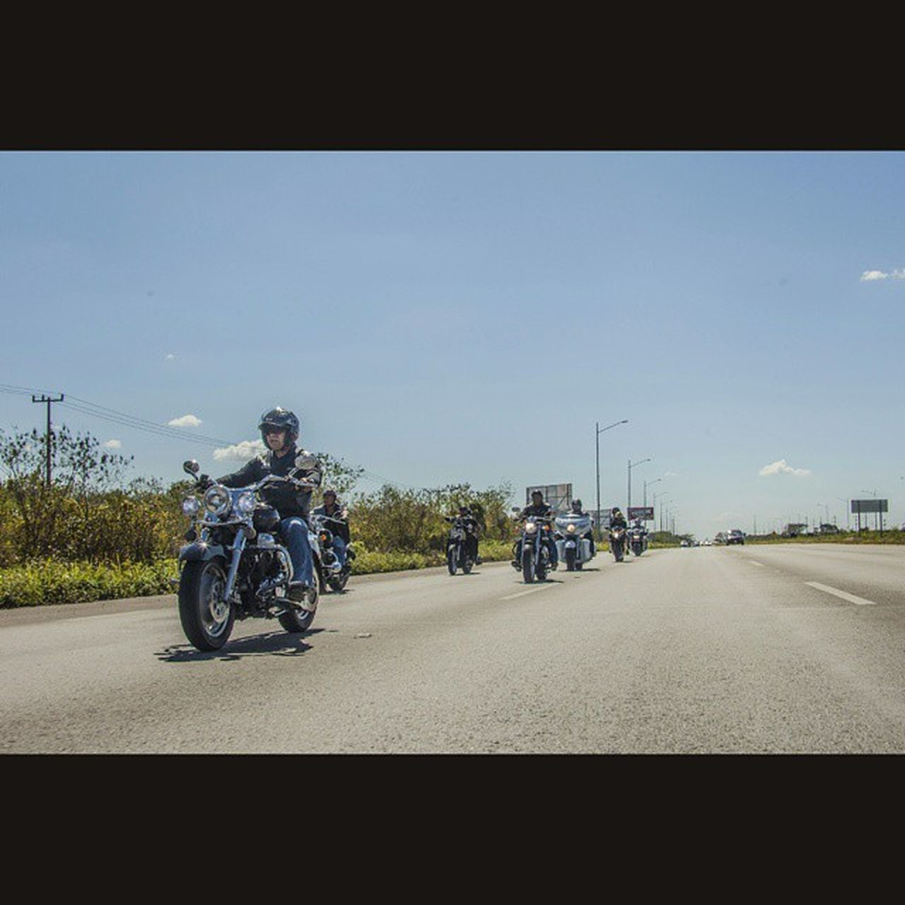 Squareinstapic 5dmarkll Canon CanonMexicana Rocafotografia Yúcatan Mimexico Mochileromx  Moto Carretera