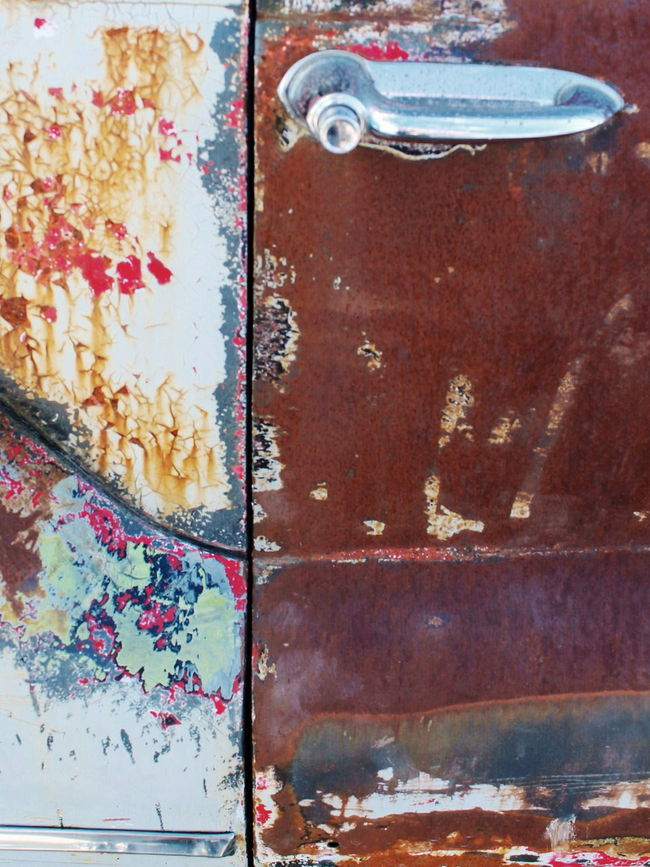 Rusty door Art And Craft Bad Condition Broken Close-up Textures And Surfaces Shabby Rusty Rusty Autos Rustygoodness Rusty Things Design Deterioration Dirty Door Texture Metal No People Obsolete Old Pattern Still Life Table Wall Lock Doors