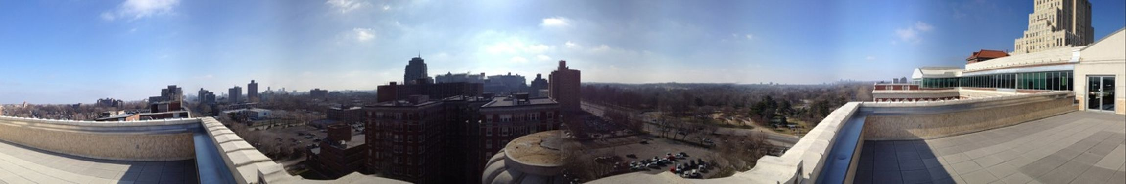 The St Louis skyline from atop the Chase