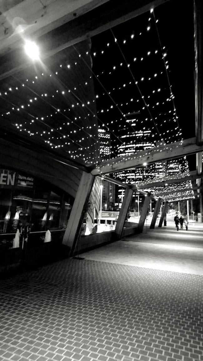 Walkway Walkway Lights Elizabeth Quay XperiaZ5 Black And White