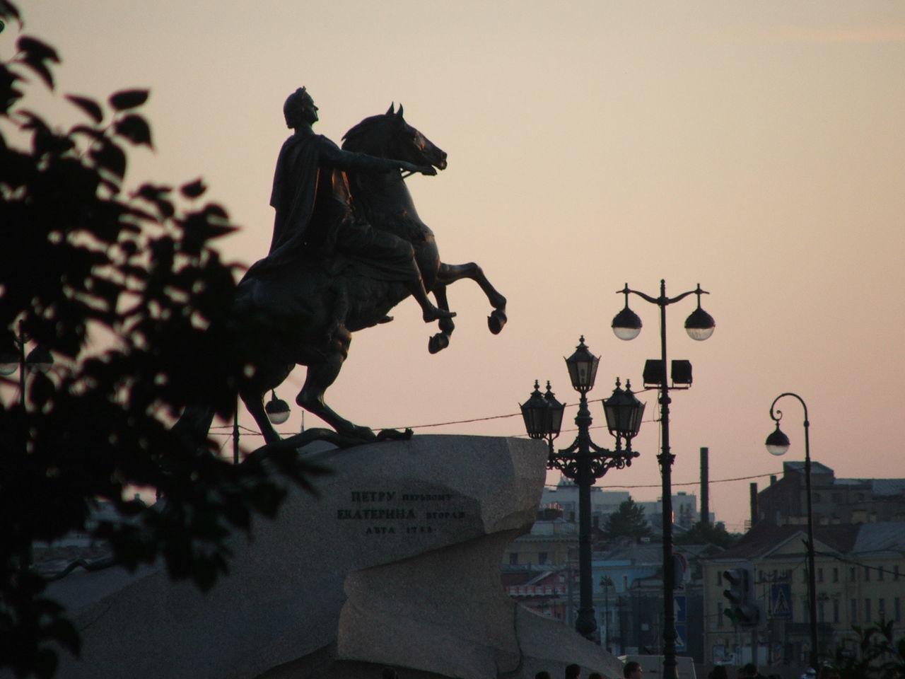 Медный всадник Bronzehorseman History Statue