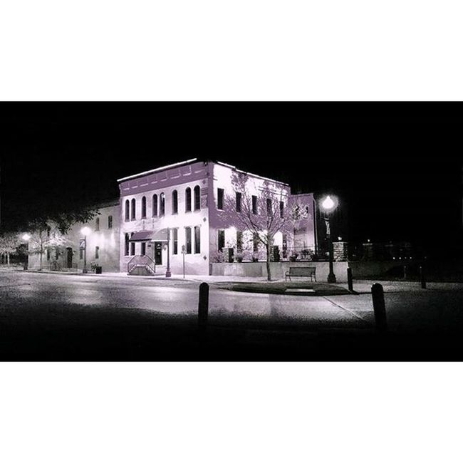 Old River House restaurant along river road in Atchison Kansas.... Ks_pride Atchison Wow_america_bnw World_bnw Trb_bnw Bnw_captures Bnw Bnw_globe Blackandwhitephotography Blackandwhite Nightphotos Nightphotography Bnw_night