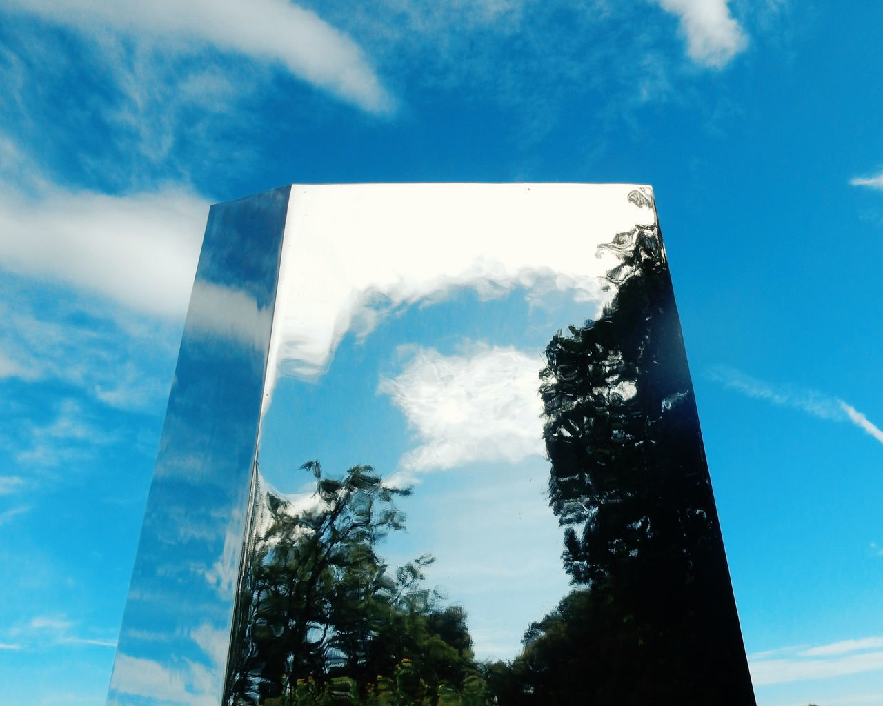 Art ArtWork Sculpture Albyfriluftsområde Alby  Norway Reflection Reflections Reflection_collection Glass Sky Sky And Clouds Blue Sky Reflecting Adapted To The City Art Is Everywhere